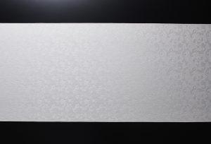 伊と幸の純国産ブランドシルク【又昔】の紋意匠縮緬、格の高い正倉院文様の花紋唐草柄