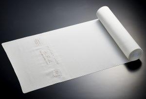 純国産絹の松岡姫を100%使用した最高級夏物着尺、五泉製