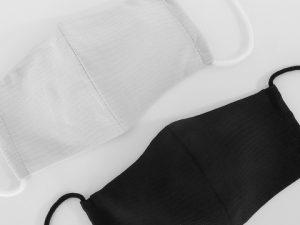 丹後ちりめんの楊柳縮緬で作った裏表正絹の絹マスク